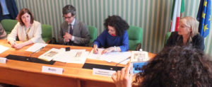 Italian Ombudswoman for Childhood and Adolescence, Filomena Albano, Italian Minister for Justice, Andrea Orlando, and Bambinisenzasbarre President, Lia Sacerdote, add their signatures to the renewed Memorandum of Understanding. COPE vice-president Viviane Schekter gave a speech underlining the importance of the document and three-way collaboration and support.